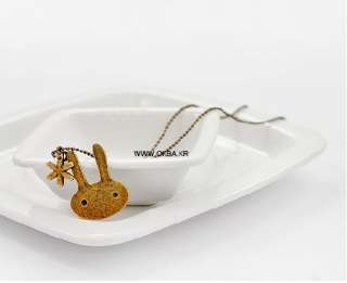 Retro Bronze Color Cute Rabbit Korean Fashion Necklace pendant XL111