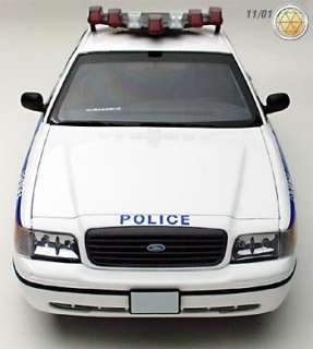 AutoArt 1:18 1999 Ford Crown Victoria Interceptor  NYPD diecast car