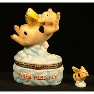 When Pigs Fly Winged Pig Piglet Hinged Trinket Box phb
