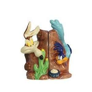 Looney Tunes Road Runner & Wile E Coyote Salt & Pepper