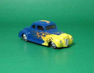 Hot Wheels 1940/40 Ford Coupe   Exclusive Blue w/Flames Tomart Issue