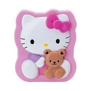This is totally adorable Hello Kitty and Bear Mirror and Comb Goes