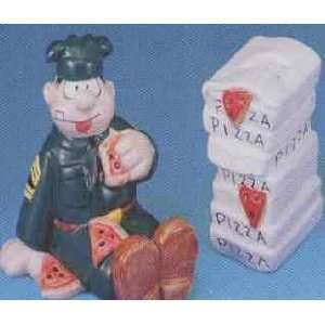 Beetle Bailey Sarge & Pizza Salt and Pepper Shakers Kitchen & Dining
