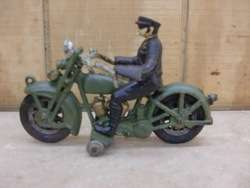 ANTIQUE TOY CAST IRON HARLEY DAVIDSON MOTORCYCLE & COP