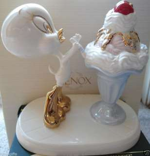 Lenox Looney Tunes Tweetys Sweet Treat New w/Box FRee $109