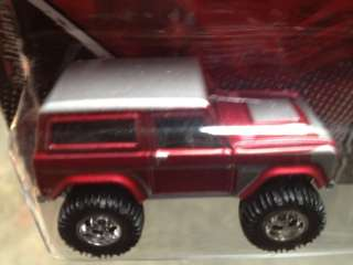 hot wheels GARAGE 67 FORD BRONCO from 20 car SET FORD VS GM