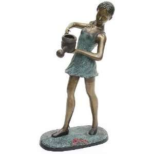 LADY HOLD WATER CAN BRONZE Home & Kitchen