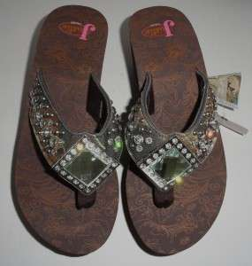 Justin Ladies #55130222 Flip Flops LAUREN Brown With Camo Strap Size