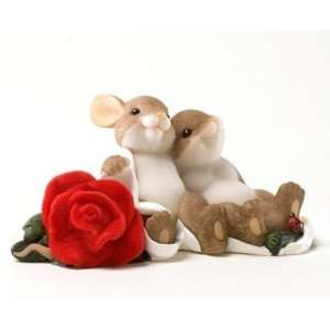 Charming Tails Mouse Figurine (A Beautiful Rose For A