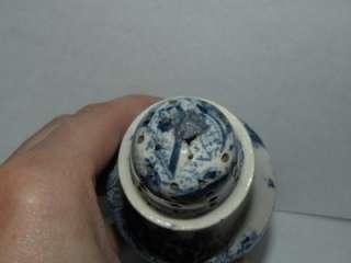ANTIQUE BLUE WILLOW MUFFINEER PEPPER POT SHAKER STAFFORDSHIRE