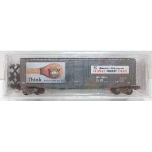 MicroTrains 03200 Smokey Bear Forest Fire Prevention Car
