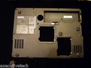 Dell Inspiron 9300 Laptop OEM bottom case for parts