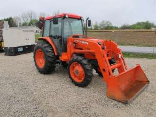 KUBOTA M6800 4X4 TRACTOR WITH CAB AND LOADER, VERY NICE, 200 HOURS