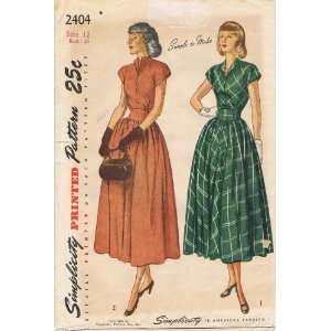 Simplicity 2404 Vintage Sewing Pattern Womens Dress Size