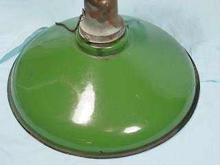 VINTAGE GREEN PORCELAIN ENAMEL INDUSTRIAL LIGHT