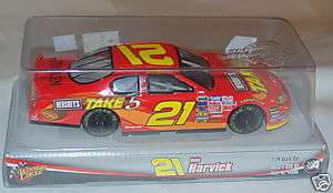 Winners Circle Kevin Harvick # 21 Race Car 124 Scale