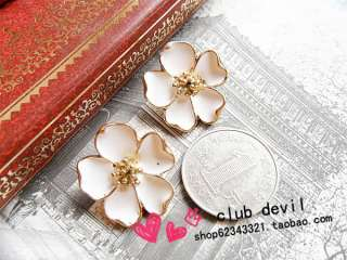 White Jasmine Flower Korean Fashion Earrings Z310