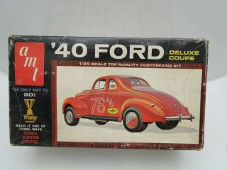 VINTAGE 1940 FORD DELUXE COUPE AMT MODEL 1/25