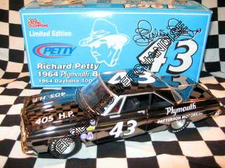 43 RICHARD PETTY 1964 PLYMOUTH BELVEDERE BLACK CHROME