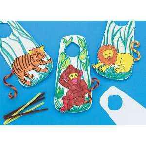 Color Me Zoo Door Hangers Craft Kit (Makes 12)  Toys & Games