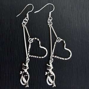 NEW Fashion alloy cat & Heart type earring SS 007