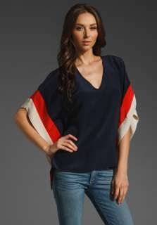 AKIKO Batwing Top in Navy/Indian Red/Sand