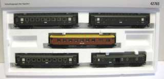 42765 MARKLIN HO Express Train Passenger Car Set   2011