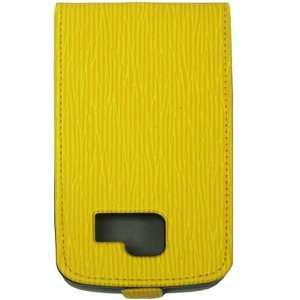Malcom Distributors Yellow Pattern Flip Phone Case for LG