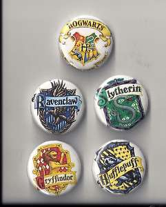 5x HARRY POTTER House Crest buttons badges. Hogwarts